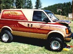 Whiskey Sundown 4x4 Showvan